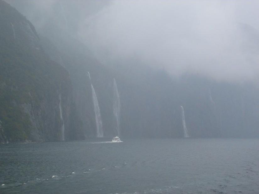 Milford Sound (photo: aka gringita, 2014)